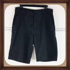 O'Neill Automatic Black Stripes Shorts Size 32 EUC